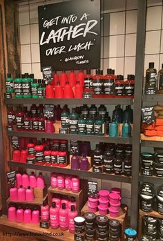 Lush Gateshead Re-Opening Party And Some New Holiday Releases* Lush Cosmetics, Homemade Cosmetics, Lush Aesthetic, Lush Fresh, Lush Bath Bombs, Bath Bomb Recipes, Glow Up Tips, Smell Good, The Body Shop