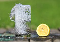 We've discussed lemons for skin health and beauty, but what about the awesome benefits of lemon water for liver, gallbladder, energy, mood and more. Herbalife, Make Alkaline Water, Alkaline Diet, Weight Loss Tips, Lose Weight, Sport Nutrition, Drinking Lemon Water, Forever Business, Drink Plenty Of Water
