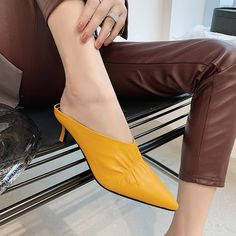 Plain Chunky High Heeled Round Toe Date Outdoor Knee High High Heels Boots - Mixed Shop Cute Heels, Lace Up Heels, Ankle Strap Heels, Ankle Straps, Pumps Heels, Stiletto Heels, Block Heel Loafers, Exclusive Shoes, Manolo Blahnik Heels