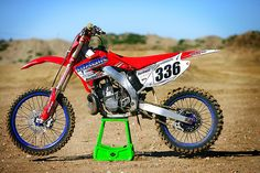 Very neat 2002 Honda CR250R