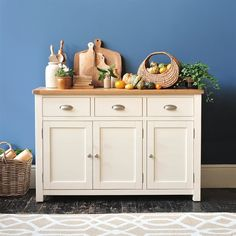 Sussex Painted Large Sideboard - The Cotswold Company White Painted Furniture, Country Dining Rooms, Large Sideboard, Country Style Dining Room, Shabby Furniture, Wooden Cooking Utensils, Dining Room Storage, Country Living Room Design, Country Style Furniture