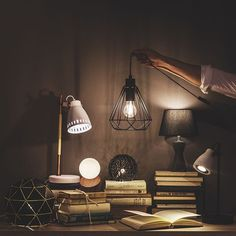 Be bright! 💡💡💡 Verlichting bij #beokay ✨•••#be_okay_youngliving #be_okay #decoratie #decoration #beokay #becool #besmart #interior #deco 🧡 Its Okay, Young Living, Bright, Light Bulb, Ceiling Lights, Cool Stuff, Lighting, Interior, Design