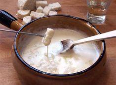 Fondue de queso tradicional, receta paso a paso