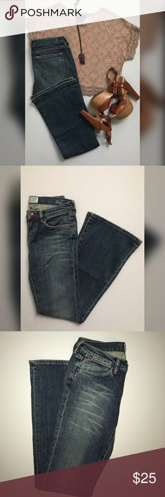 """NWOT HARLOW JEANS Harlow dark denim flare jeans. Break out your platforms, these jeans are amazing and are sure to give you all kinds of boho vibes! Never worn, too long for me.  Ⓜ️ Length 41"""" Ⓜ️ Inseam 33"""" Ⓜ️ Rise 9"""" Ⓜ️ Cotton 98%, Lycra 2%    📥Feel free to ask questions or requests additional photos  📥Will consider reasonable offers  🚫 No trades Harlow Jeans Flare & Wide Leg"""