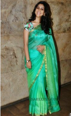 32174e1793327 Sakshi tanwar in kota saree paired with a fl oral print backless blouse at  Bollywood movie