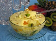 Veja a receita: Mousse salada de frutas