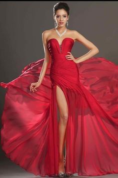 b1a4fec2a07e Anja Rubik Celebrity Prom Bal Long Maxi Red Silk Dress from Elie Saab.