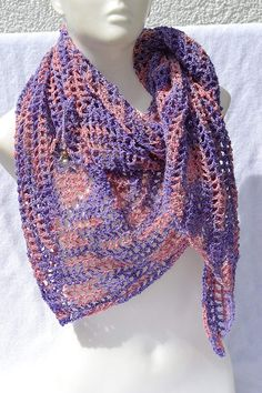 Sommertuch Schutzengel gehäkelt - Handgemachte Sachen Etsy, Handmade, Fashion, Lilac, Accessories, Handmade Scarves, Hand Crochet, Shawl, Scarf Crochet