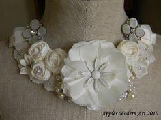 Elegant bib necklace