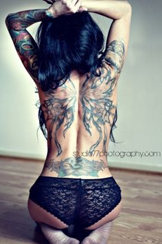 Find sexy tattooed girls at http://www.datingwebsitesfor.com/category/tattooed-people