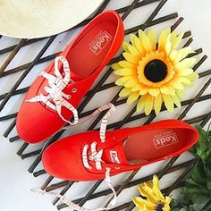 Home of pairs of shoes and swimsuits. Bigley's carries clothing for men, women and kids along with footwear and swimsuits. There is something for everyone at Bigleys! Miz Mooz, Keds, Clarks, Crocs, Birkenstock, Swimsuits, Footwear, Michael Kors, Pairs