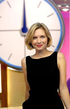 Times are changing: The star spends a lot of time in Manchester filming for Countdown Tv Presenters, Rachel Riley Countdown, Rachel Riley Legs, Racheal Riley, Anna Richardson, Beautiful Celebrities, Beautiful Women, British Actresses