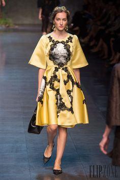 Dolce & Gabbana - Ready-to-Wear - Spring-summer 2014 - http://www.flip-zone.net/fashion/ready-to-wear/fashion-houses-42/dolce-gabbana-4170 - ©PixelFormula