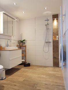 Hallway Decorating, Interior Decorating, Interior Design, Wc Design, Cozy Room, Bathroom Renovations, Kitchen Flooring, Bathroom Interior, Home Goods
