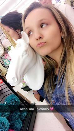 Larissa Manoela publicou no Snapchat ( larimanoella)  LarissaManoela   KCAPersonalidadeBR Fotos Da Larissa b31ee1ed52