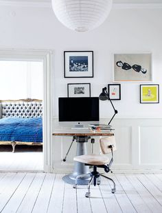 Scandinavia and french bed - interiors by color Home Office Design, Home Office Decor, Home Decor Bedroom, House Design, Office Setup, Office Desk, Italian Interior Design, Interior And Exterior, Computer Desks For Home