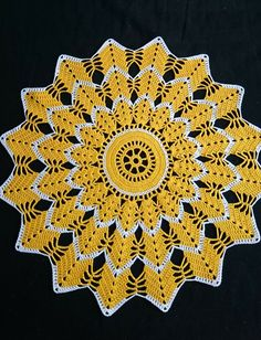 Crochet sunflower doily / Lace / Yellow with black or brown / Crochet Circles, Crochet Doily Patterns, Crochet Squares, Thread Crochet, Crochet Motif, Crochet Designs, Crochet Stitches, Diy Crafts Crochet, Crochet Home