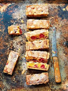 Paul Hollywood recipe for bakewell tart and other baking ideas and dessert recipes from Red Online British Baking Show Recipes, British Bake Off Recipes, Great British Bake Off, Baking Recipes Uk, Paul Hollywood, Sweet Pie, Sweet Tarts, Tart Recipes, Dessert Recipes