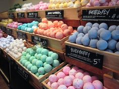 How to make your own bath bombs to enjoy in the bath.