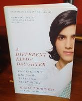 Reviews with TLC: A Different Kind of Daughter: The Girl Who Hid fro...
