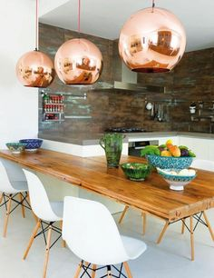Copper Kitchen Pendant Lighting Ideas : Fabulous Kitchen Pendant Lighting Ideas – Better Home and Garden Living Room Kitchen, Home Decor Kitchen, Kitchen Interior, New Kitchen, Home Kitchens, Kitchen Ideas, Kitchen Pendant Lighting, Kitchen Pendants, Copper Kitchen