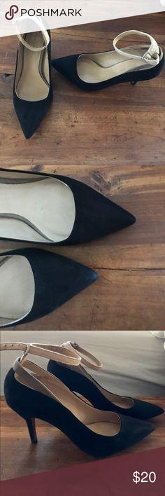 Zara Basics black suede pumps Zara Basics black suede pumps with two tones strap. Size 6 Zara Shoes Heels