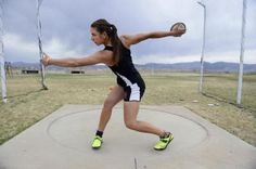 Mobile Web - Sports - Valarie Allman, Silver Creek senior, goes from dancer to discus domination Indoor Senior Pictures, Track Senior Pictures, Dance Senior Pictures, Photography Senior Pictures, Sport Photography, Graduation Pictures, Sports Pictures, Senior Photos, Discus Thrower