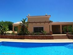 5 bedroom house in Lagoa e Carvoeiro, Algarve #travel #portugal #foremostpropertygroup