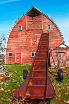 love the red barn