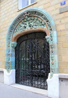 "Entrance gate for the ""House of Thistles"" in Paris by Emile Müler factory. Architectural Antiques, Entrance Gates, Paris, Art And Architecture, Rue, Art Nouveau, Victorian, Building, Modern"