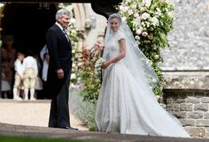 Pippa Middleton's wedding live: Duchess of Cambridge's sister arrives to marry fiancé James Matthews Style Pippa Middleton, Pippa Middleton Wedding Dress, Middleton Family, Pippas Wedding, Wedding Pics, Wedding Gowns, Wedding 2017, Wedding Outfits, Celebrity Wedding Dresses