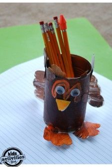 Thanksgiving turkey Craft - Kids Activities Blog