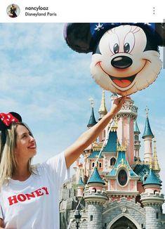 Todos Tenemos Un Niño En Nuestro Ser. 😊 Disneyland Paris, Mickey Mouse, Disney Characters, Fictional Characters, Fantasy Characters, Baby Mouse