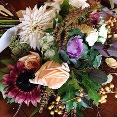 fabulous vancouver florist Details. #afterlight #DSFloral #vancouverweddings by @rogue_florist  #vancouverflorist #vancouverflorist #vancouverwedding #vancouverweddingdosanddonts
