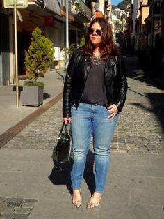 VÍSTETE QUE VIENEN CURVAS: Blue Jeans