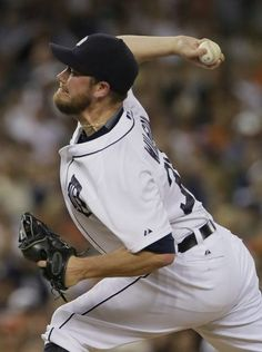 Pitcher Alex Wilson of the Detroit Tigers delivers