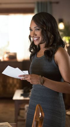 The Flash - Iris West I don't like her. Her character has no interest.