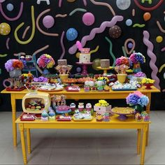 """1,894 curtidas, 16 comentários - Re Pretti (@loucaporfestas) no Instagram: """"Decoração mais fofa para o tema Carnaval by  @petitmaisonbrasilia Mobiliário @cenariofesta peças…"""""""