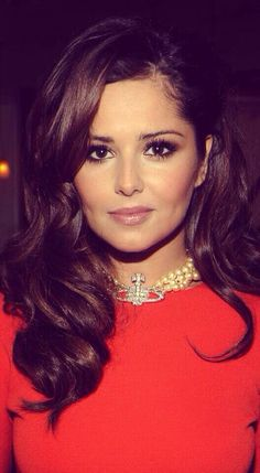 cheryl cole: the things I would do to look like this woman Cheryl Cole Hair, Cheryl Cole Style, Cheryl Ann Tweedy, Cheryl Fernandez Versini, Non Blondes, Lace Front, Gorgeous Hair, Pretty Hairstyles, Girl Hairstyles