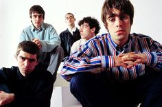 Listen to music from Oasis like Wonderwall - Remastered, Wonderwall & more. Find the latest tracks, albums, and images from Oasis. Oasis Band, Liam Gallagher, Damon Albarn, Rock Roll, Banda Oasis, Manchester, Liam And Noel, Band Photography, Britpop