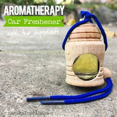 Make your own natural alternative to car air fresheners in 2-minutes. Click for the DIY recipe.