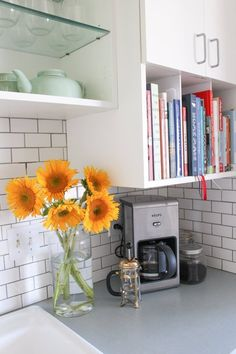 Shorten cabinet doors on one cabinet so they only cover the first two shelves, then use exposed shelf for cook books, or as open storage. Apartment Kitchen, Home Decor Kitchen, Kitchen And Bath, Home Kitchens, Cookbook Storage, Cookbook Shelf, Interior Design Inspiration, Home Interior Design, Cosy Room
