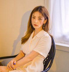 Korean Ulzzang, Ulzzang Girl, Bora Lim, Korean Fashion Fall, Korean Aesthetic, Anime Princess, Star Girl, Photo Poses, Mary Janes