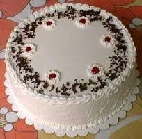 Resultado de imagen para imagenes de tortas decoradas con crema chantilly