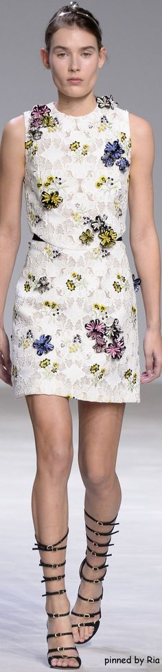 Giambattista Valli Spring 2016 Couture l Ria: