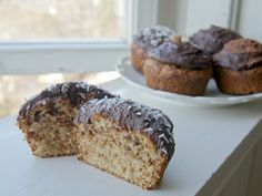 Peanut Butter & Banana Muffins with Chocolate Frosting (CLEAN!) and #GF