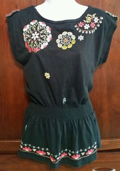 Women RXB SMALL Black Boho Floral Embroidered Tunic Top Shirt Side Slits EUC