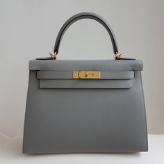 Gris Mouette Epsom Sellier Kelly 28 Ghw. X stamp