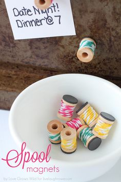 Could make refrigerator magnets, memo board magnets - using thread spools.even discarded-no-match buttons! Just glue magnets on the backs of your items, spray paint or spray lacquer to clear-kote it - ideas are endless! Wooden Spool Crafts, Wooden Spools, Cute Crafts, Diy Crafts, Beaded Crafts, Thread Spools, Bakers Twine, Sewing Rooms, Crafty Craft
