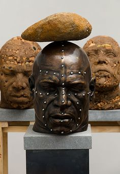 Angus Taylor_Entangled heads in bronze I 2011